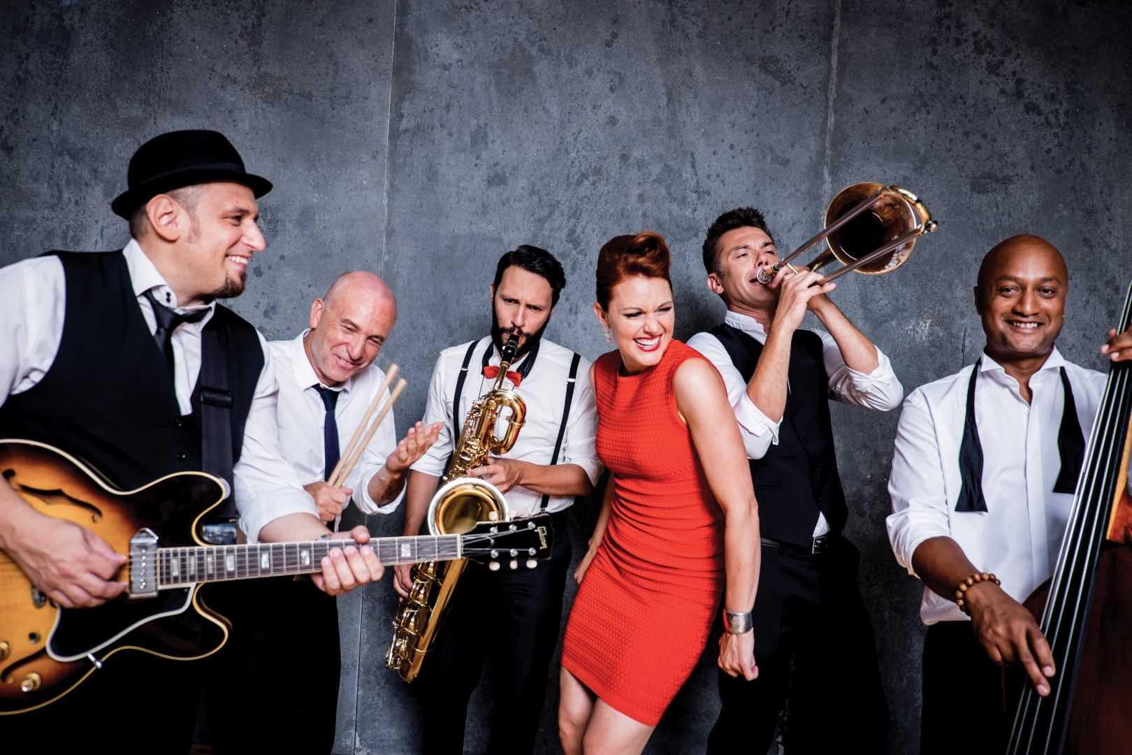 Robyn Bennett & Band